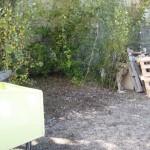 Ein freier Platz wartet auf die Holz-Bauer.